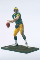nfl12inch1_12bfavre_photo_03_dp
